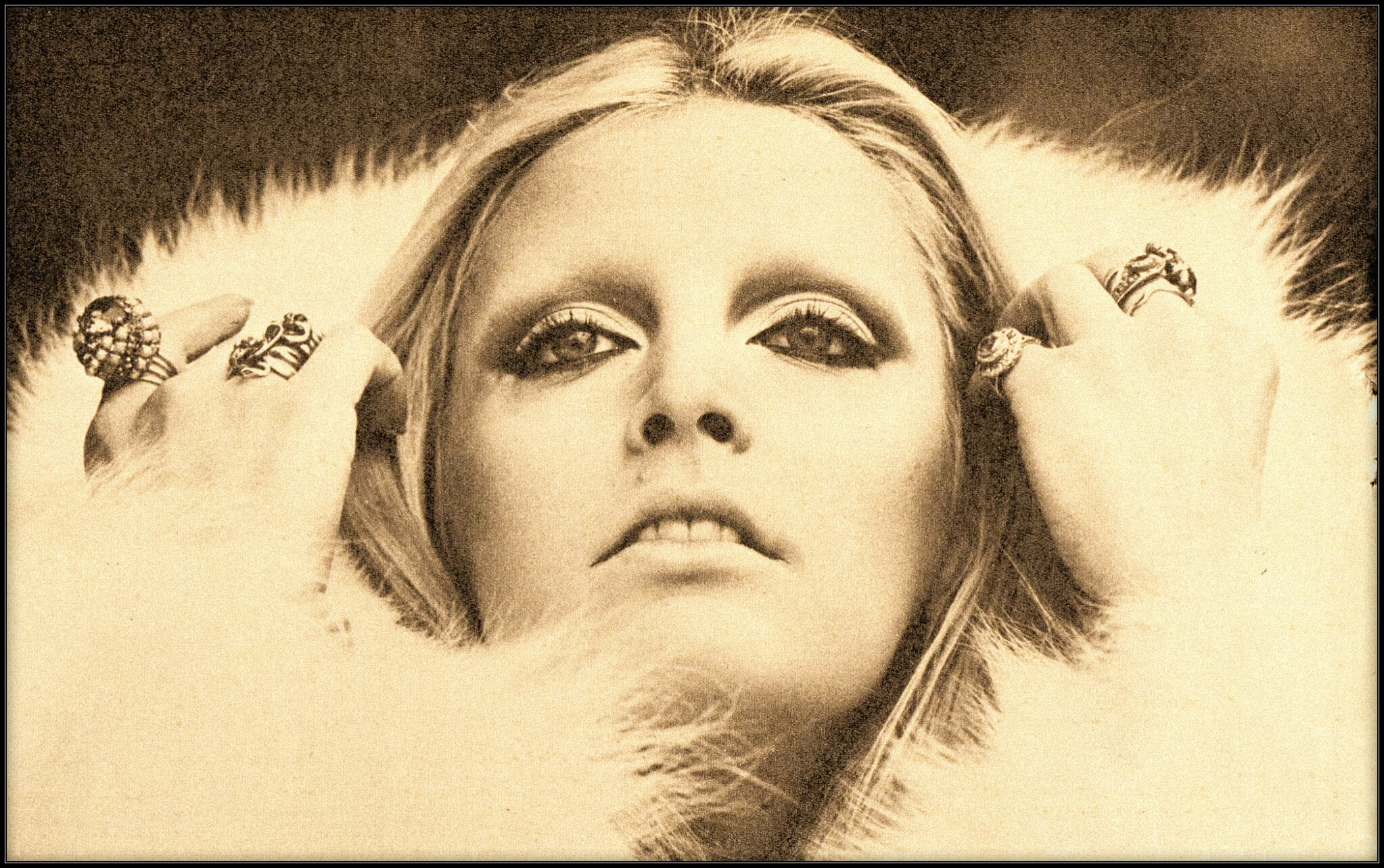 Patty Pravo '70 PORTRAIT